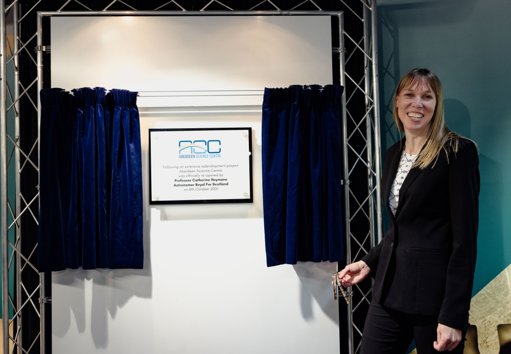 Professor Catherine Heymans, Astronomer Royal for Scotland unveiled the commemorative plaque at the Aberdeen Science Centre.